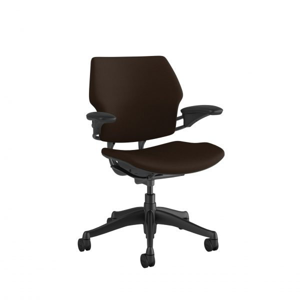 "freedomtaskchair darkbrown scaled <ul> <li>Standard Duron Arms</li> <li>Corde Textile Pattern</li> <li>Graphite Frame and Base</li> <li>Standard Cylinder 5""</li> <li>Standard Foam Seat Pan</li> </ul>"